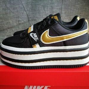 9.5 • Nike Vandal 2K Black/Metallic Gold